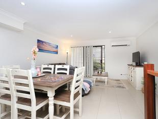 Modern Three Level Townhouse - Taigum