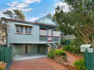 The Quintessential Queenslander - Inspect this Saturday 12:00pm - 12:30pm - Highgate Hill