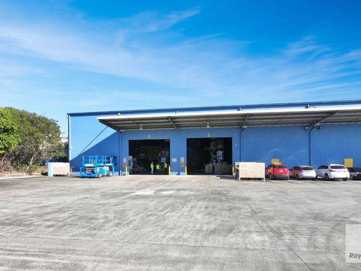 3 & 4/6-16 Cessna Drive, Caboolture, QLD