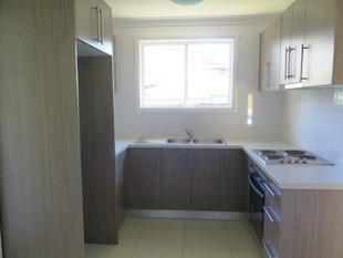 BEAUTIFUL BRAND NEW GRANNY FLAT! - St Clair