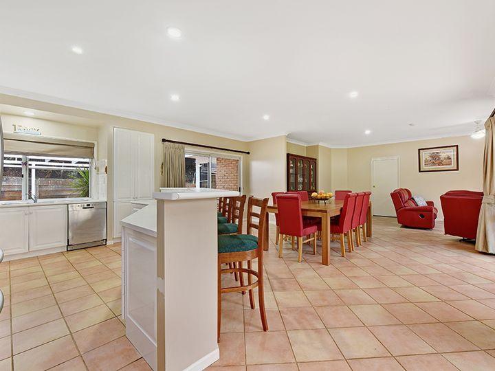 2 Steinohrt Court, Middle Ridge, QLD