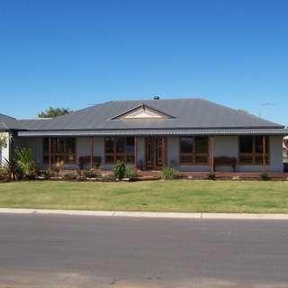 Thumbnail of 38 Andrews Road, Emerald, QLD 4720