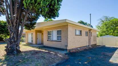 95 West Road, Bassendean