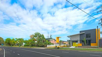 Unit 6/7 Mary River Road, Cooroy