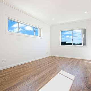 Thumbnail of 4 Samuel Court, Carnes Hill, NSW 2171