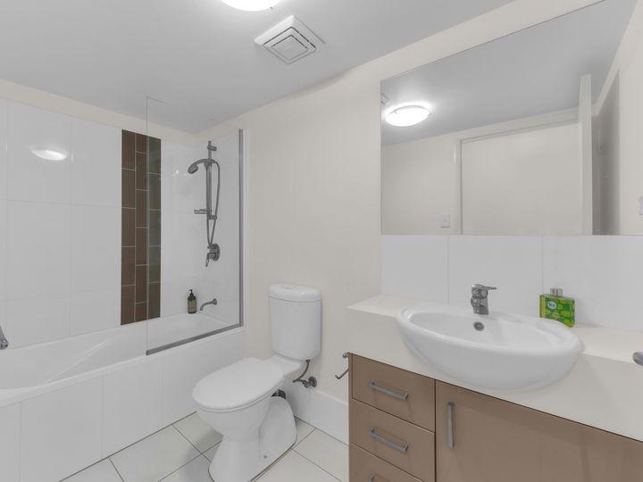 2/35 Hamilton Road, Moorooka, QLD