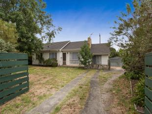 Four-Bedroom home with easy Access to Beach & Freeway! - Frankston