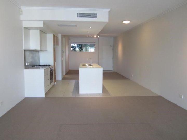 1788/1 Rialto Quays Drive 'Stillwater Apartments', Hope Island, QLD