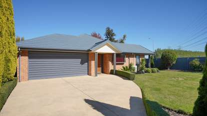 57 Chesterfield Mews, Russley