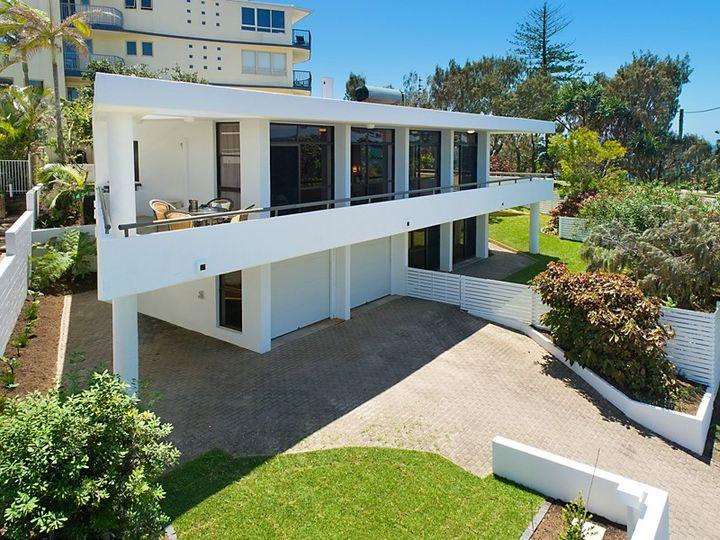 39 Victoria Terrace, Kings Beach, QLD