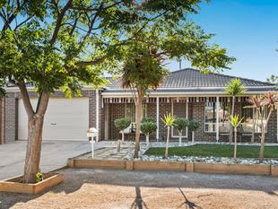 Cozy Family Home at a Fantastic Location - Tarneit