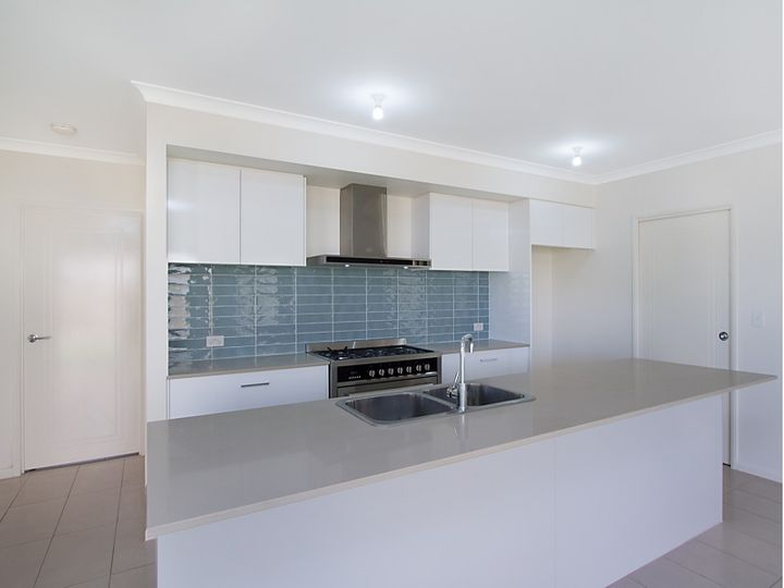 27 Hidden Cove, Tallebudgera, QLD