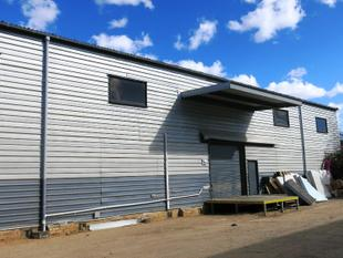 1133m2 WAREHOUSE WITH DUAL LOADING DOCKS - Virginia