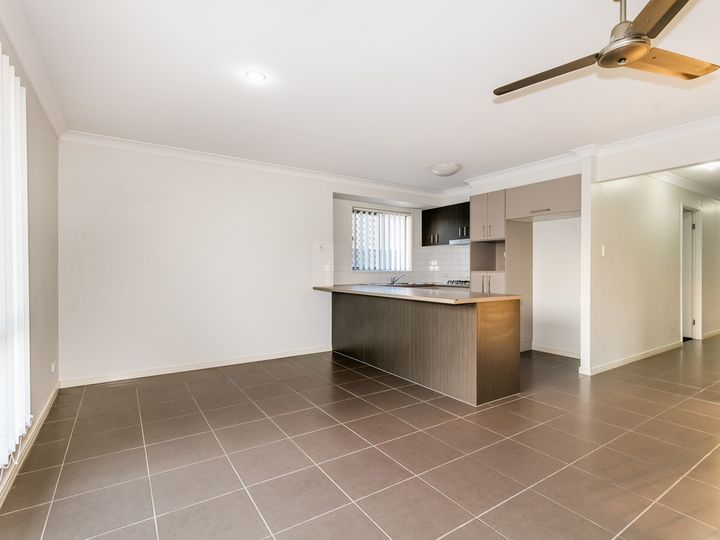 7 Brendan Thorne Place, Marsden, QLD