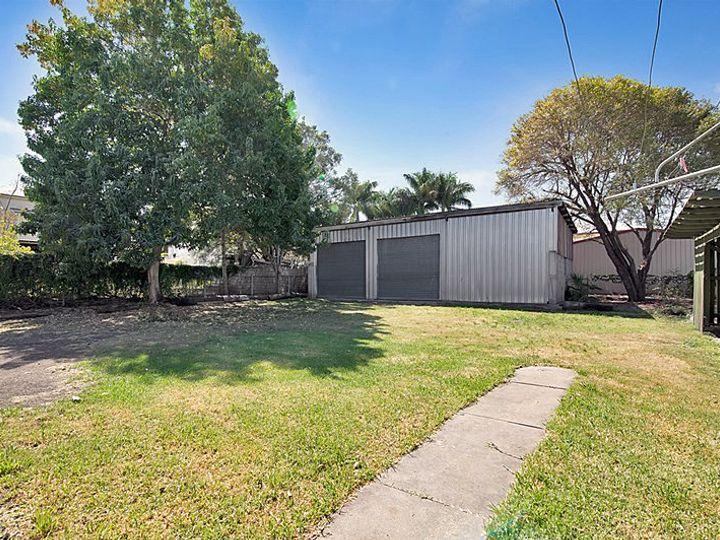 2 Russell Street, Silkstone, QLD