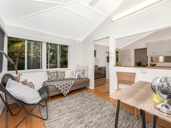 14 Isley Street, North Ward, QLD