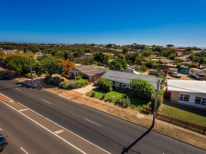 123 & 125 North West Highway r, Wonthella, WA