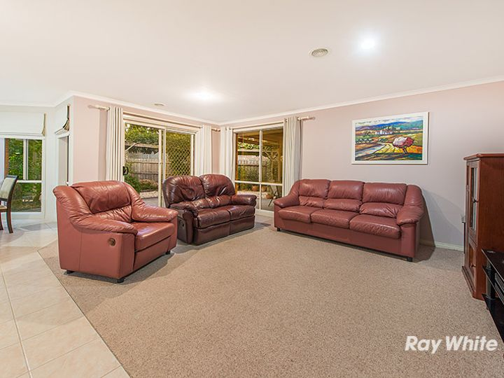 12 Formby Place, Cranbourne, VIC