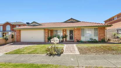 23 Holly Green Close, Rowville