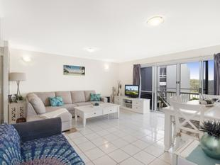 Two Bedroom Creekfront Apartment - Kingscliff