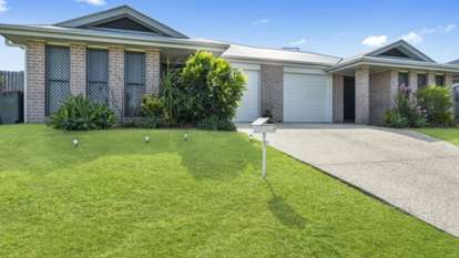 4 Coach Road West, Morayfield