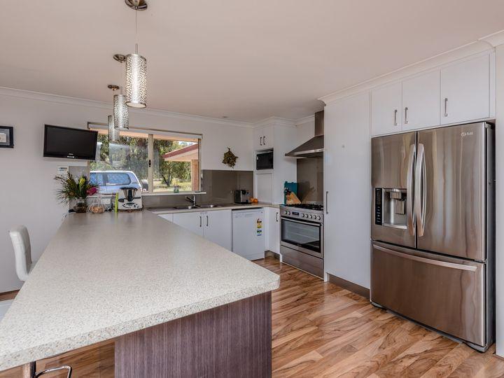 38 Stuart Road, Moresby, WA