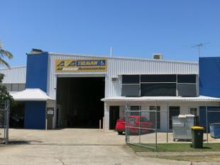 833m2 High Grade Virginia Warehouse With Showroom - Virginia