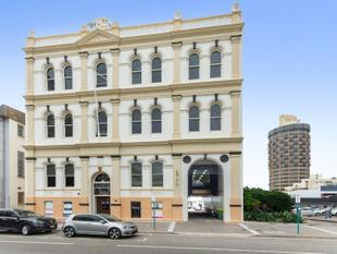 Classic high ceilinged offices with a flexible work space - Townsville City