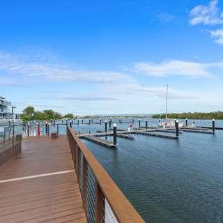 Thumbnail of Paradise Point, QLD 4216
