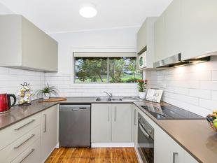 Bright home enjoying excellent convenience - Wahroonga