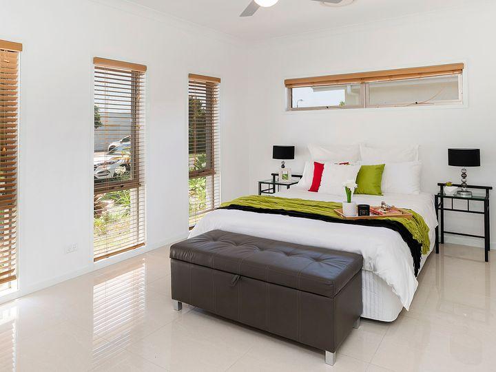 4 Mariner Avenue, Hope Island, QLD