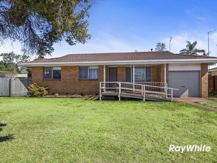 39 Richmond Drive, Wilsonton, QLD