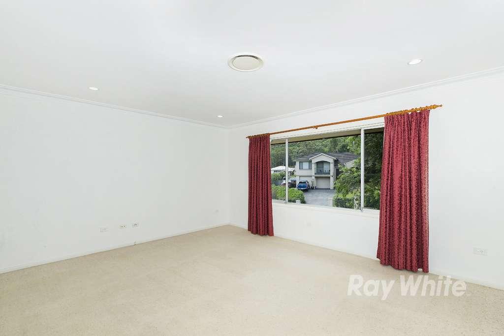 8 Lake Macquarie Close, Fennell Bay, NSW 2283
