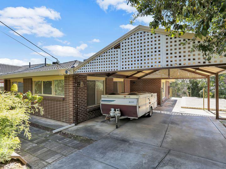 17 Burnbank Grove, Athelstone, SA