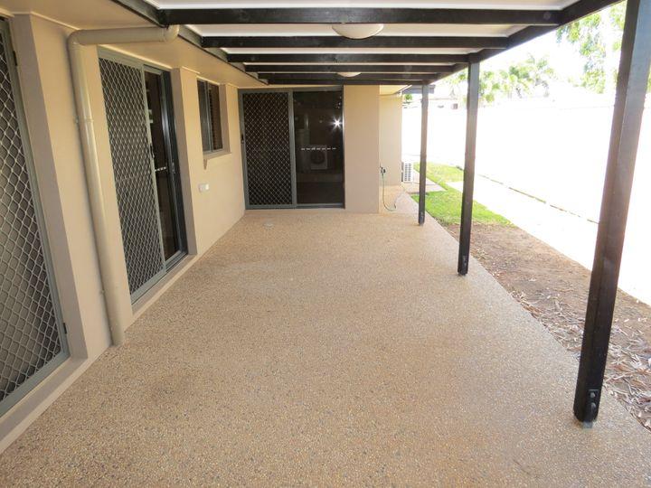 1/5 Brokenwood, Emerald, QLD