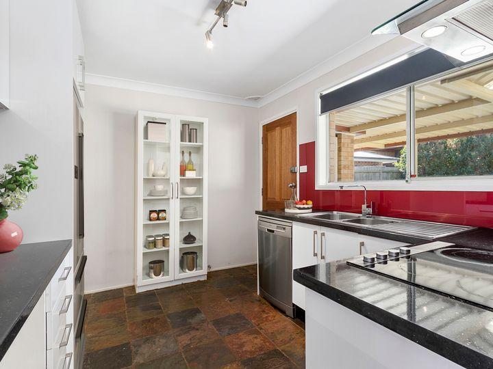 14 Scarvell Avenue, Mcgraths Hill, NSW