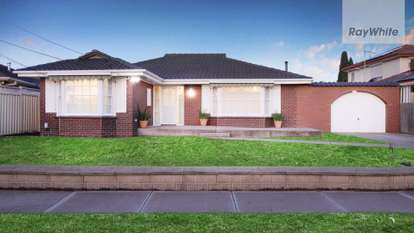 8 Conifer Close, Gladstone Park