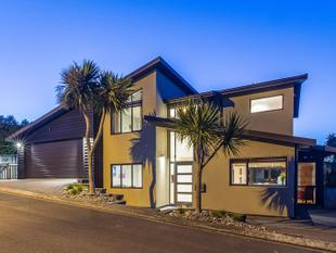 Stylish, Easy Care Living BEO $749,000 - Camborne