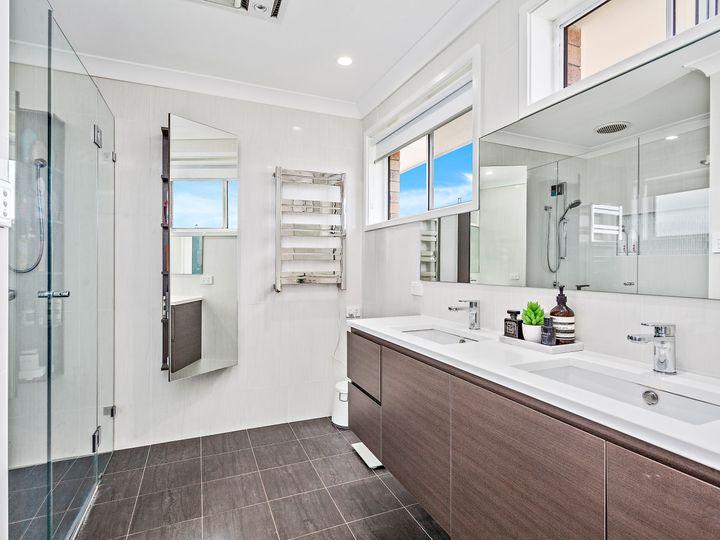 6 Monckton Avenue, Mount Warrigal, NSW