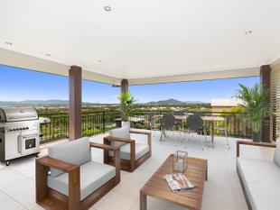 Hilltop fusion of quality and space - Mount Louisa