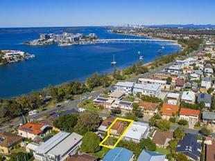 A RARE FIND, AFFORDABLE WATERSIDE LIVING - Paradise Point