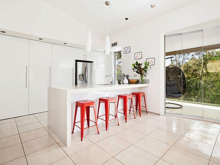 26 Burley Close, Illawong, NSW