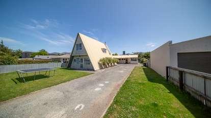 239 Milford Road, Te Anau