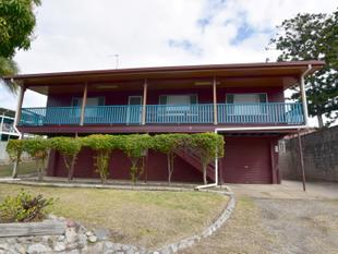 :: HIGH SET HOME - INNER CITY LOCATION - West Gladstone