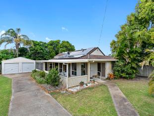 MUST BE SOLD! WELCOMING ALL OFFERS! - Urangan