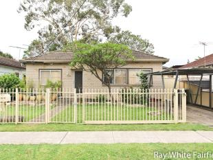 Neat and Tidy Home! - Canley Heights