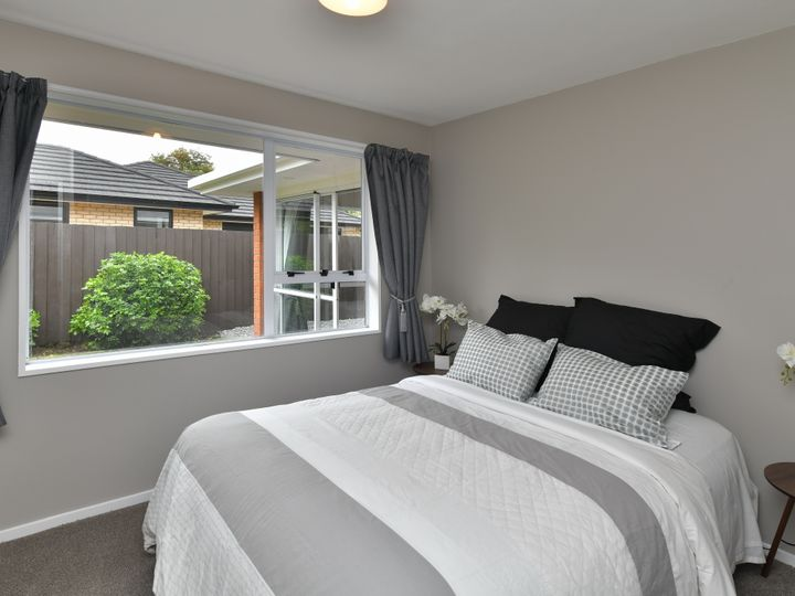 16 Coles Place, St Albans, Christchurch City