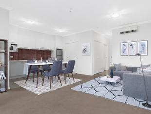 Stylish Upper Floor Spacious Apartment - Glen Huntly