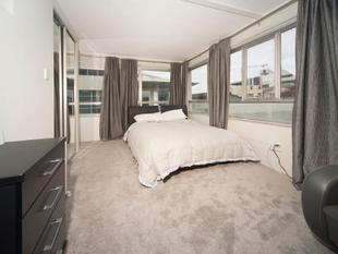 FULLY FURNISHED STUDIO - NEWMARKET - Newmarket