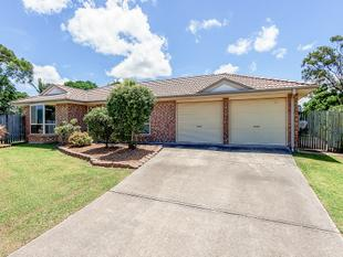 GREAT FAMILY HOME WITH PLENTY OF YARD! 4BED, 1 BATH - Loganholme